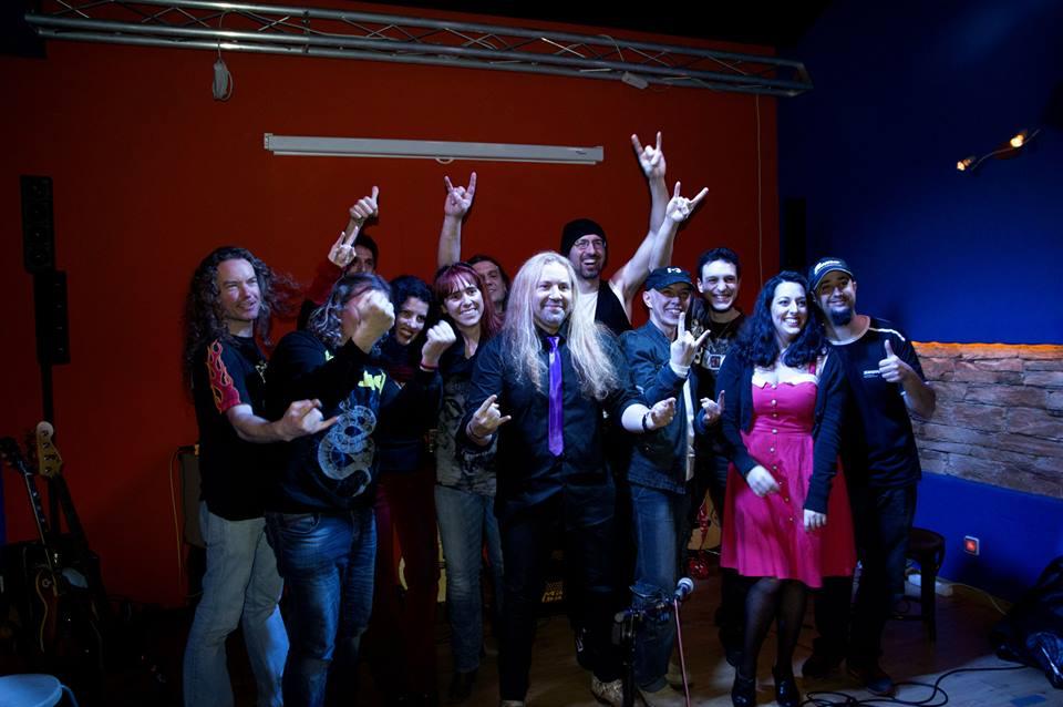 Conferencia sobre el rock mas solidario + CONCIERTO ACÚSTICO !!